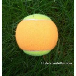 Harde oranje/gele tennisbal
